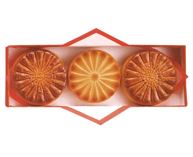 菊紋月餅・桃山(特選) 3個入